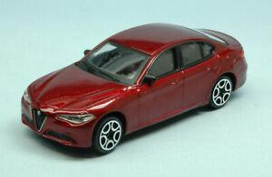 Coche-Auto-Escala-1-43-Burago-Alfa-Romeo-Giulia-miniaturas-diecast