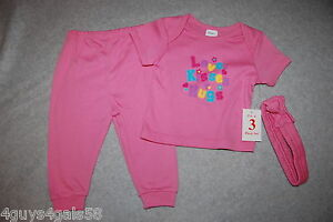 Baby Girls THREE PC SET Tee Shirt Pants Headband PINK Love Kisses Hugs 6-9 MO