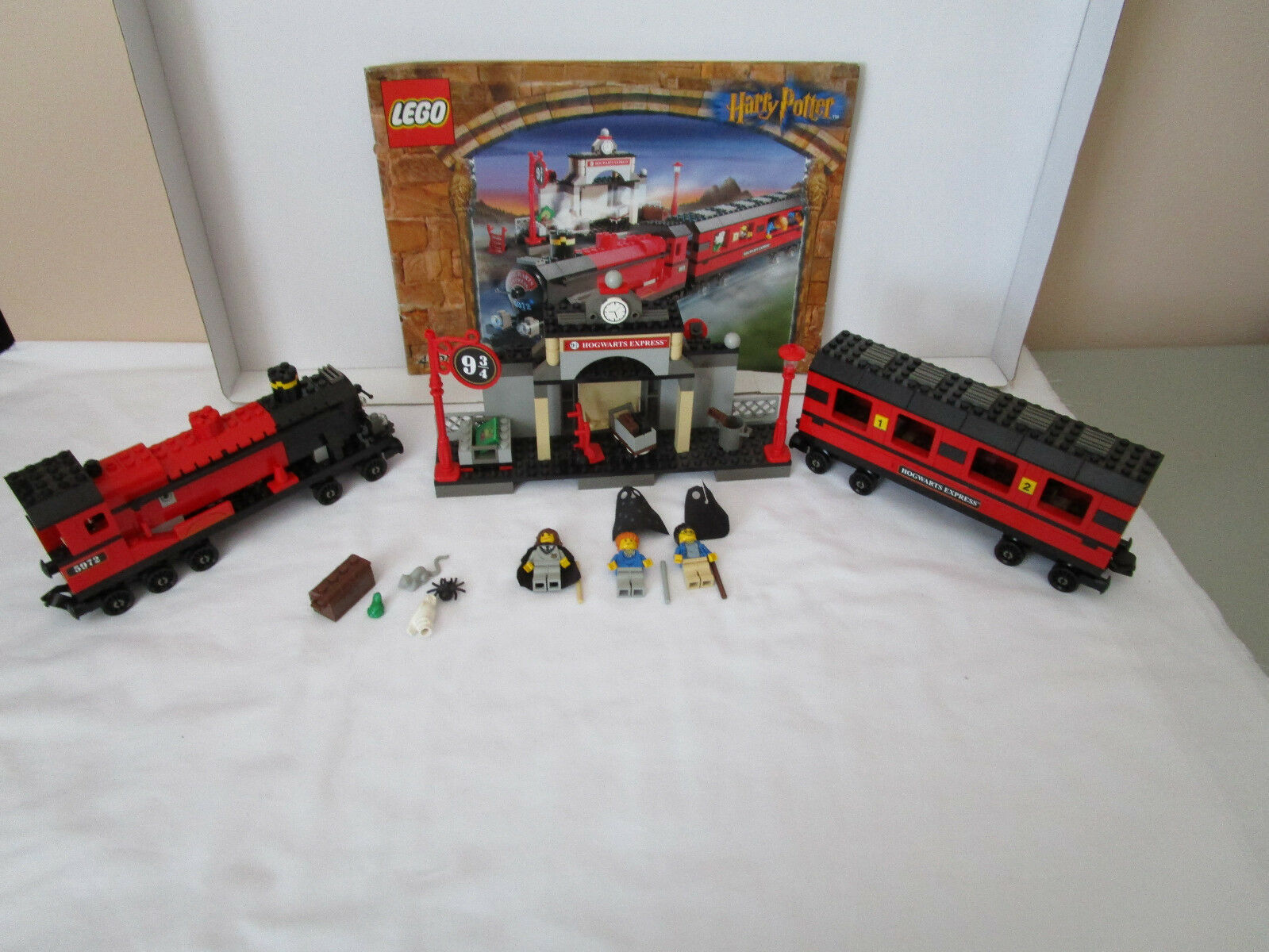 Lego Harry Potter 4708 HOGWARTS EXPRESS TRAIN COMPLETE INSTRUCTIONS LITTLE ROUGH