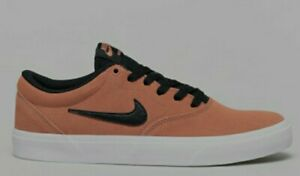 Nike-SB-charge-Daim-Terra-Blush-Chaussures-Noires-Baskets-Skate-New-boxed-taille-UK-9
