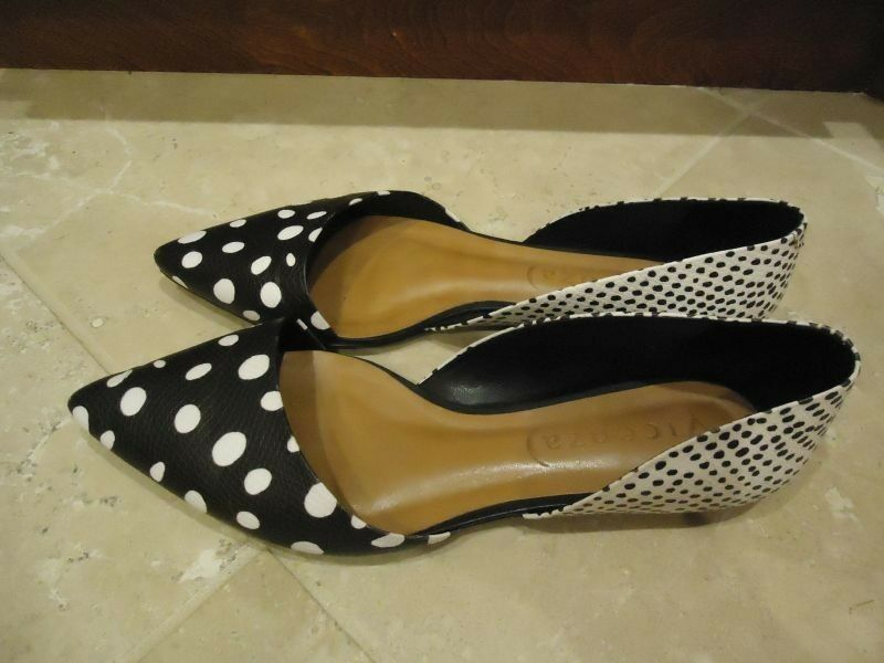 NEW VICENZA women's black and white flats shoes - size 9