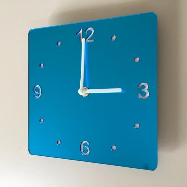 carré Miroir Bleu et Blanc Horloge renforcé Mains Balayage Silencieux Mouvement