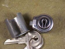 1963 1964 1965 1966 1967 1968 1969 Jeep Kaiser Pickup Gladiator Glove Box Lock