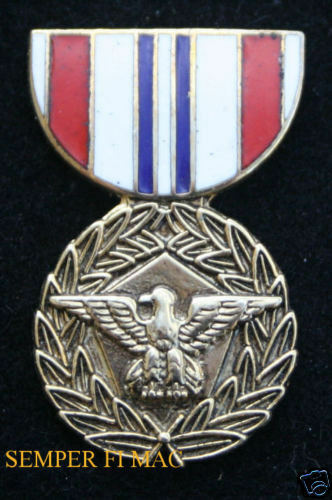 DEFENSE MERITORIOUS SERVICE MEDAL HAT PIN UP US ARMY  MARINES NAVY AIR FORCE
