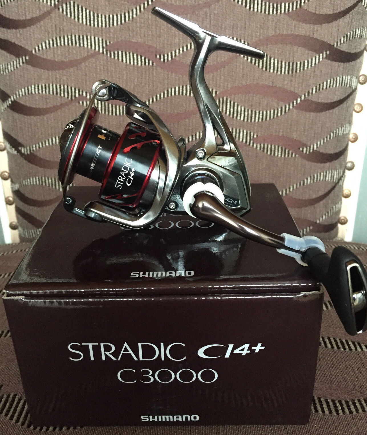 2500 FB SPINNING REEL**FREE USPS 1-3 DAYS DELIVERY** NEW SHIMANO STRADIC CI4