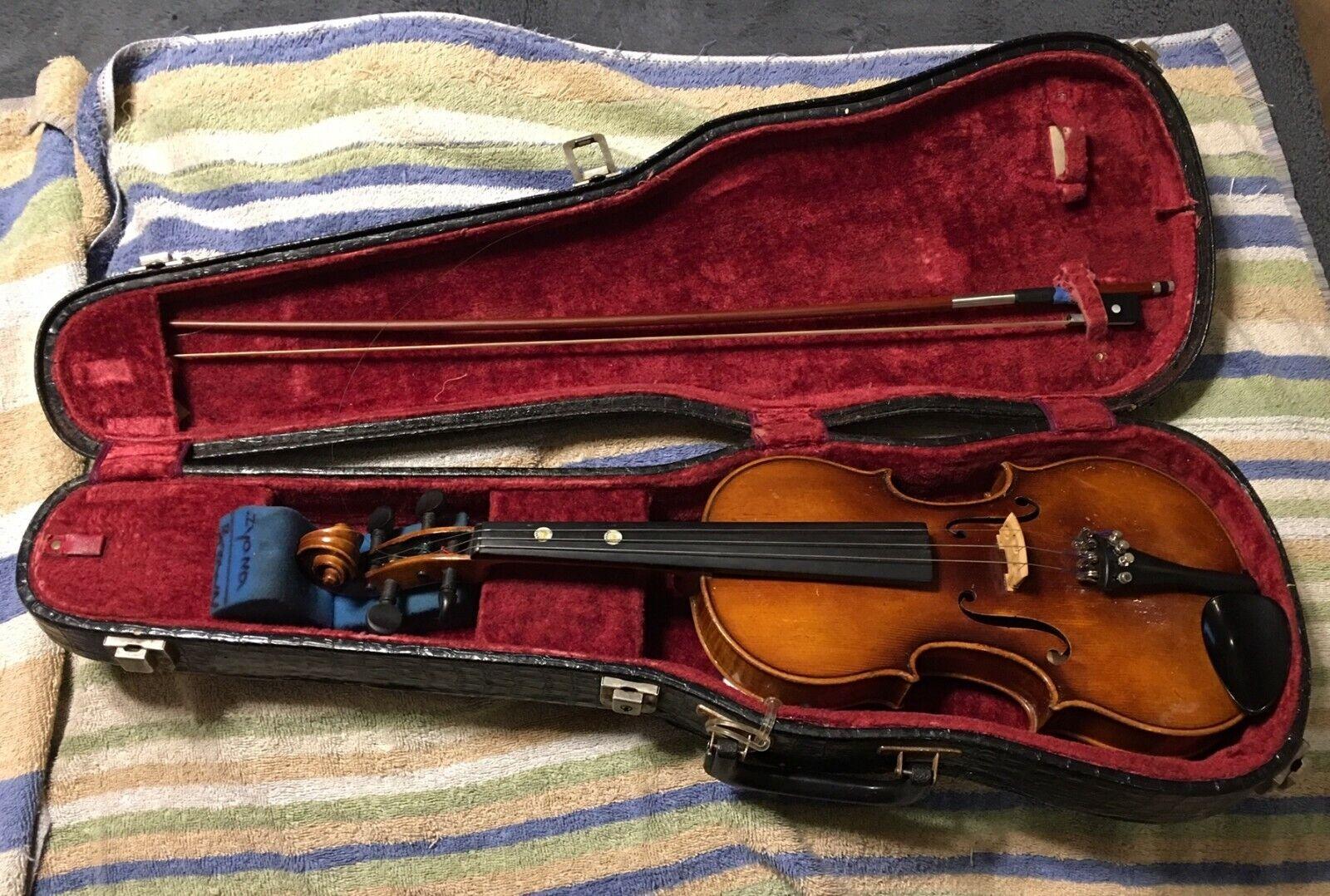 E. R. Pfretzschner 1956. Violin repro of Antonius Stradivarius West Germany