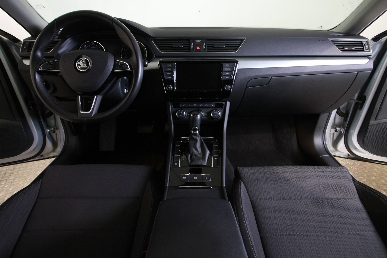 Skoda Superb TDi 150 Ambition Combi DSG