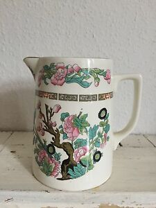 Vintage-Crown-Clarence-jug-with-Indian-Tree-pattern