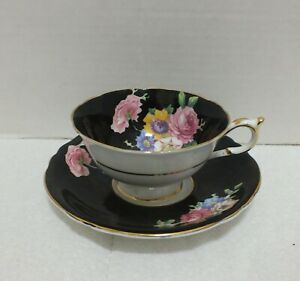 PARAGON-DOUBLE-WARRANT-BLACK-WIDE-MOUTH-CUP-and-SAUCER-Floral-Rose-Bouquet