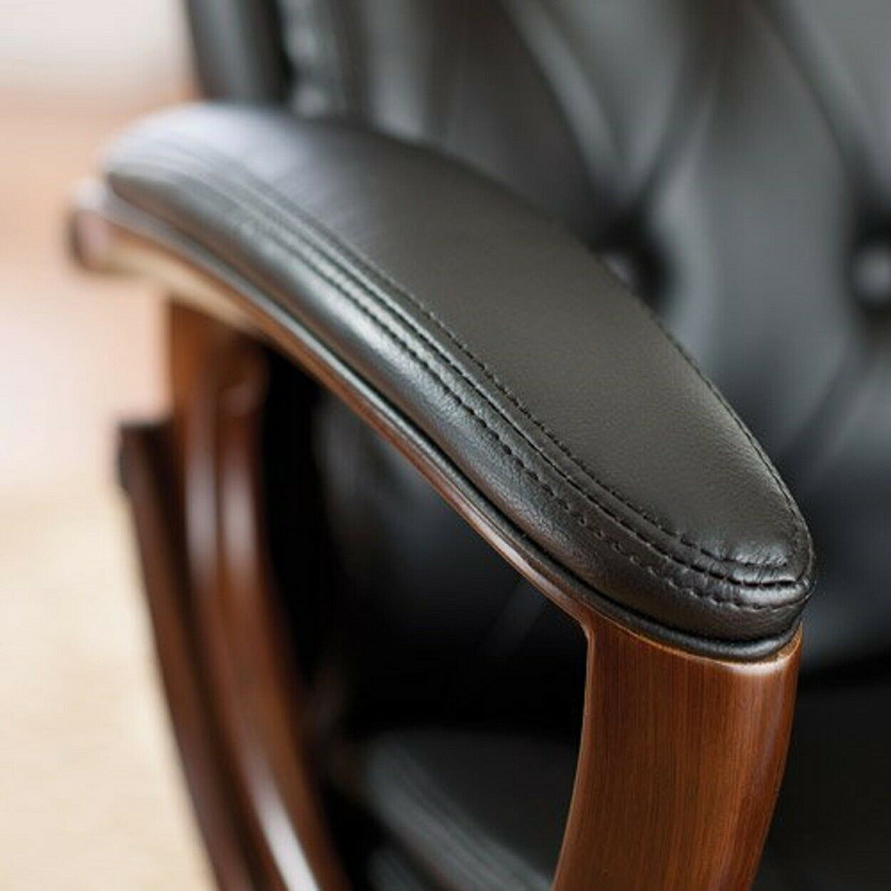 Hekman 79253 28 W Executive Button Tufted Leather Office Chair Black For Sale Online Ebay
