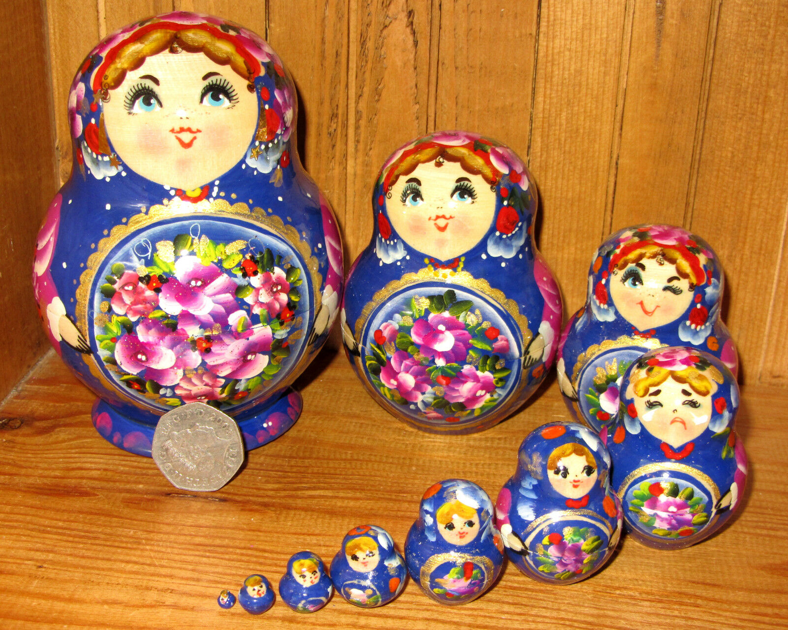 Russian nesting doll Matryoshka Babushka Blau HAND PAINTED FLOWERS 10 signed