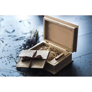 Handmade-wedding-wood-photo-box-for-USB-Drive-for-wedding-or-family-photo