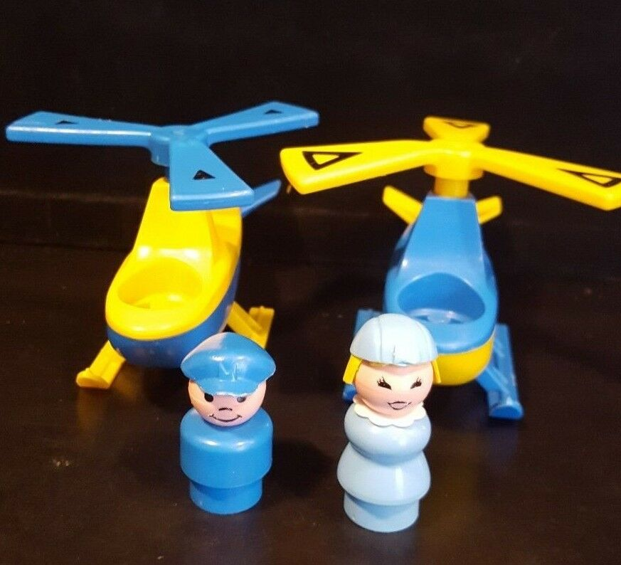 2 Fisher Price Vintage Little People 933 Airport Airport Airport Helicopters, Pilot, Stewardess 0325d5