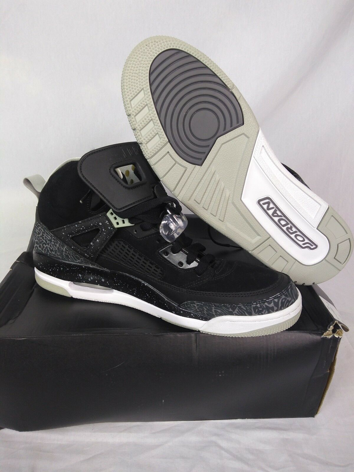 NEW NIKE AIR JORDAN SPIZIKE BLACK COOL GREY MIST WHITE SZ 12 OREO 315371-004