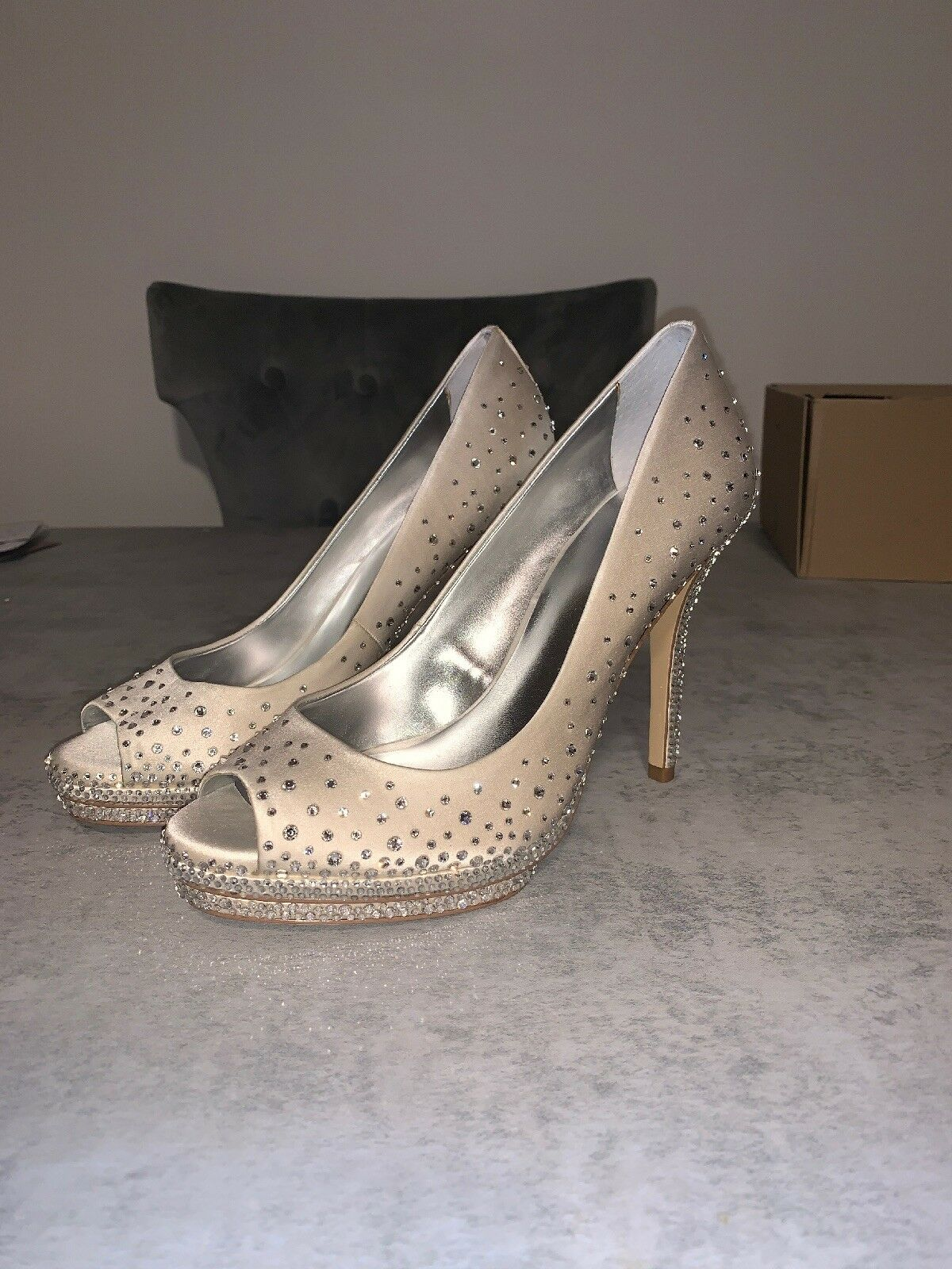 Crystal   Rhinestone Platform Pump shoes Size 8