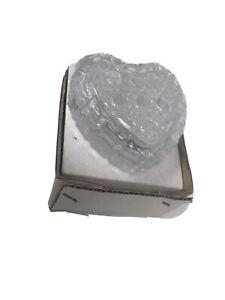 Vintage-Heart-Shaped-Glass-Trinket-Box-2-5-x2-5-x1-Tall