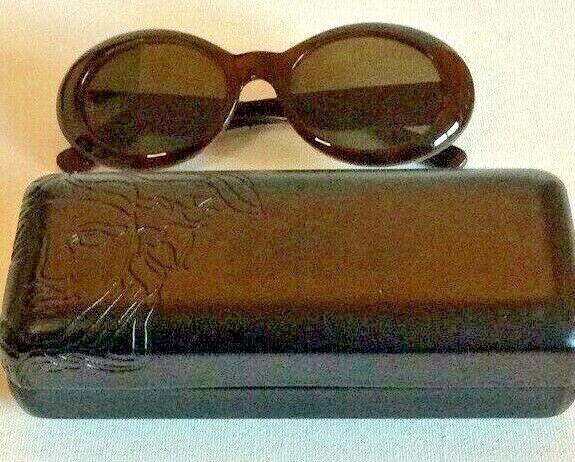 GIANNI VERSACE Vintage Sunglasses In Original Case - image 3