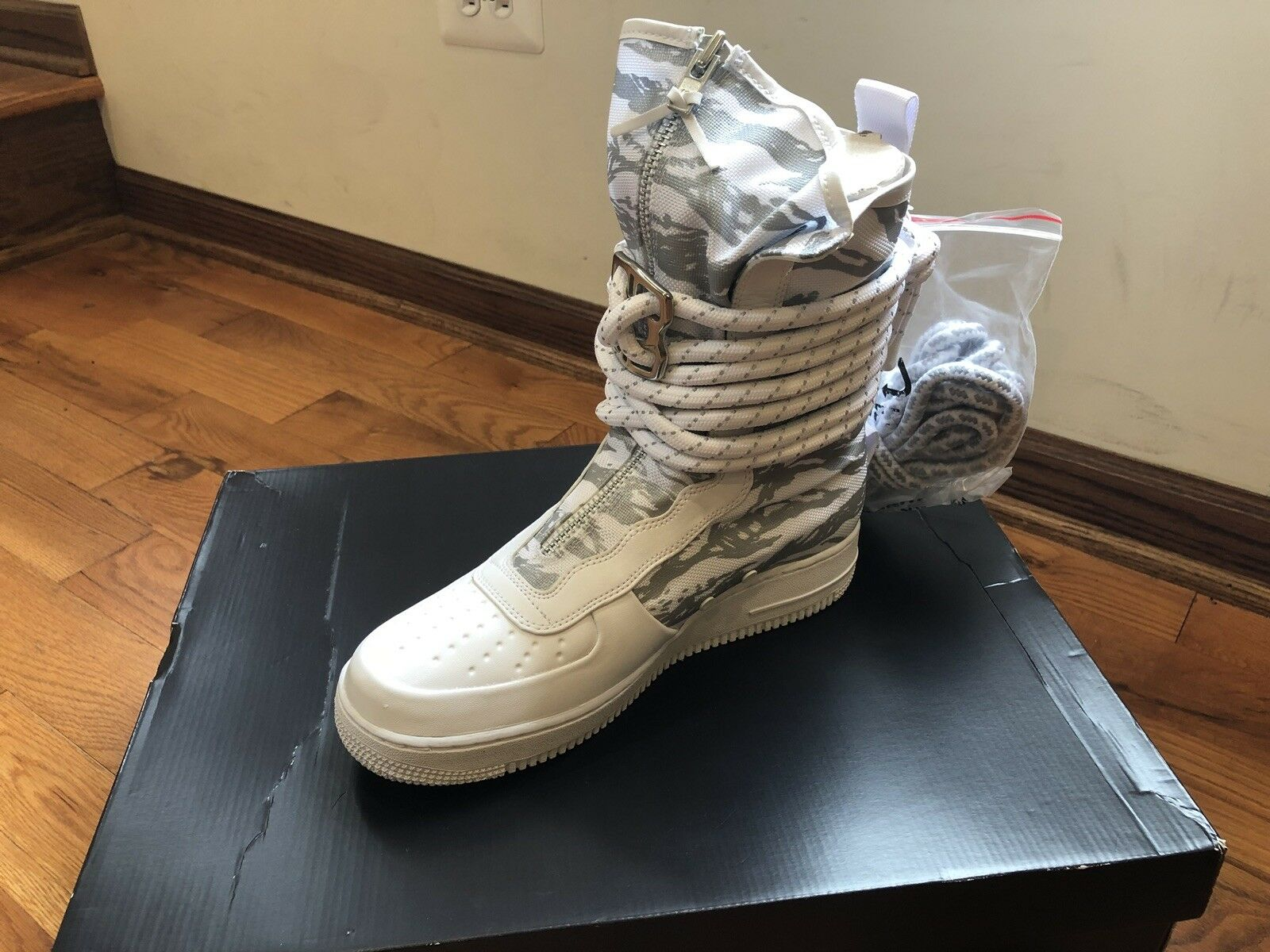 Limited Edition Edition Limited NIKE SF AF1 Premium. 33791e