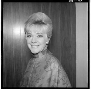 ALICE FAYE The Hollywood Palace 1967 OLD TV PHOTO 3