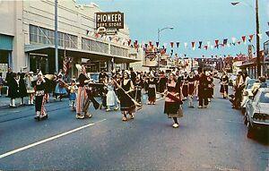 vintage postcard holland happening parade oak harbor wa