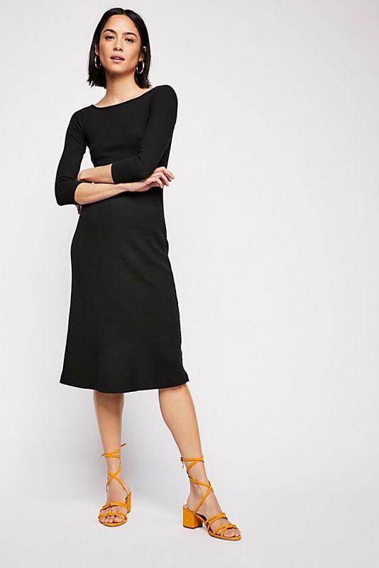 Free People NWT Größe Medium Little schwarz Classic Ribbed Midi Dress NEW