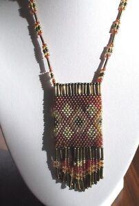 collier-bijou-vintage-creation-petites-perles-sac-pampille-deco-geometrique-3411