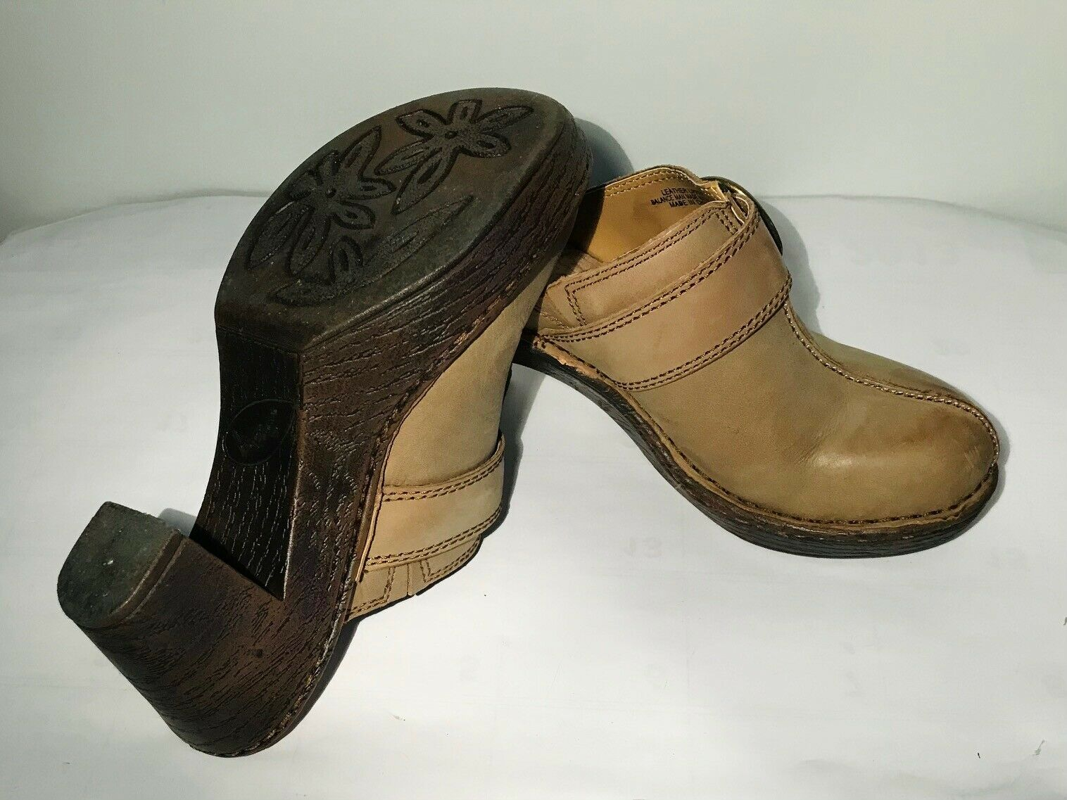 Born Leather Gray Sandals w/buckles Size 7/38 Was… - image 5