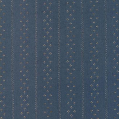 Moda Fabric Flower Garden Gatherings Clover Stripe Cornflower Per 1//4 Metre