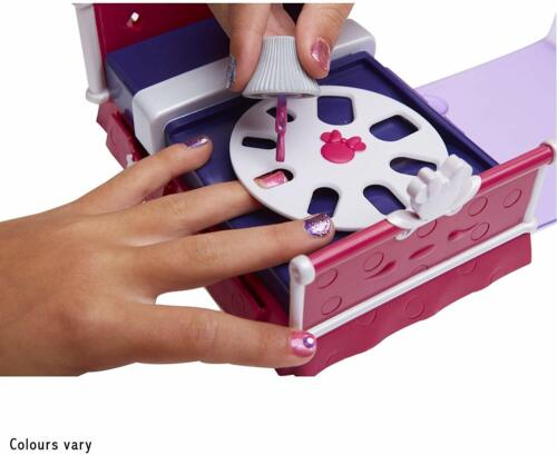 Multicolour Brand New Minnie Mouse 06767 Sleepover and Nail Party Set