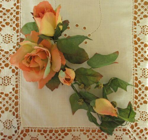 Künstlicher Blumenschmuck rosa-gelbe Rosen mit Efeu Kunstblumen Blumen Deko