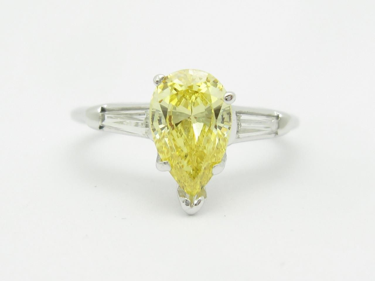 14k White gold & Diamonds Yellow Sapphire Pear Shape Engagement Design Ring Sz 7