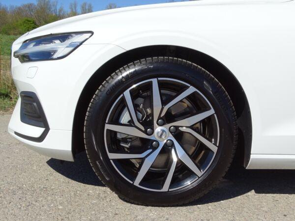 Volvo V60 2,0 T5 250 Momentum aut. - billede 2