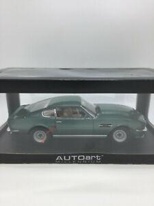 ASTON-MARTIN-V8-Vantage-AUTOART-1-18-green-grun-neu