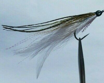 1 Deceiver Chartreuse//White Size #2//0 Saltwater Solitude Fly Company