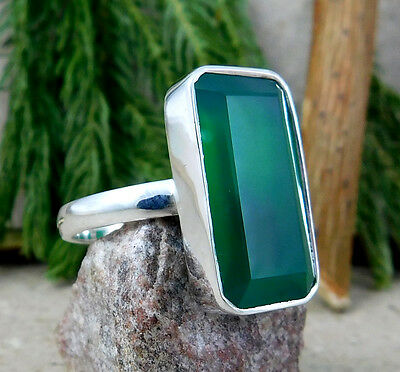 Solid 925 Silver 5.6g Radiant Green Onyx Natural Gemstone Ring Size 8 M5R504