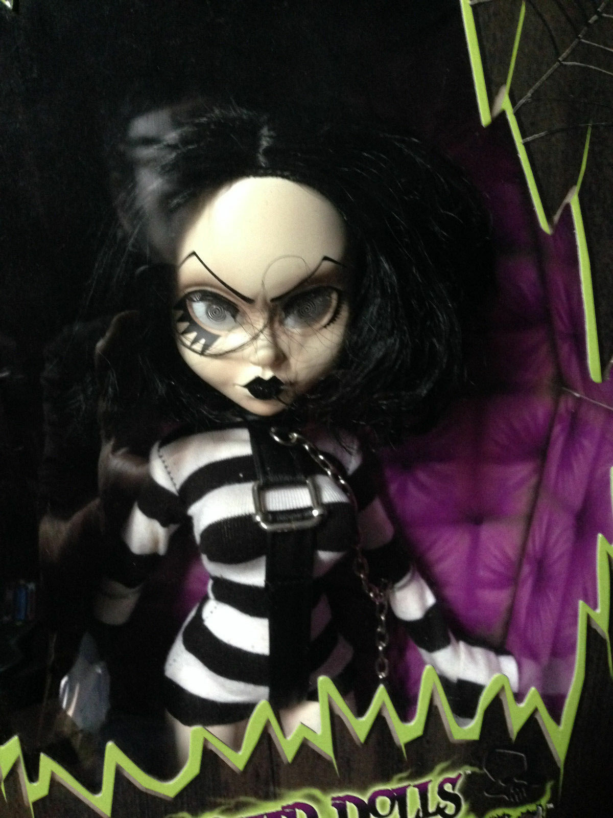 LIVING DEAD DEAD DEAD DOLLS FASHION SYBIL VICTIMS SERIES 2 RARE NEW 46a41f
