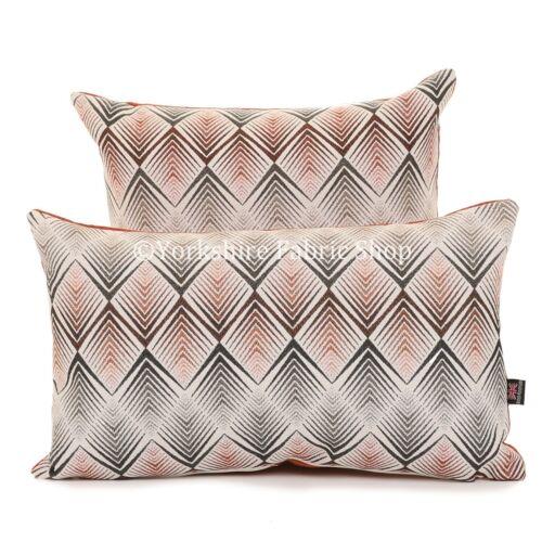 New Soft Woven Modern Grey Diamond Chevron Geometric Pattern Fabric Cushion