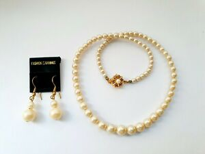 """Vintage 16"""" Faux Pearl Single Strand Necklace + Complimentary Earrings"""