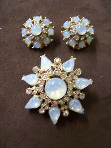 1950s Capri Faux Moonstone & Rhinestone Pin/Brooch & Clip Earring Set