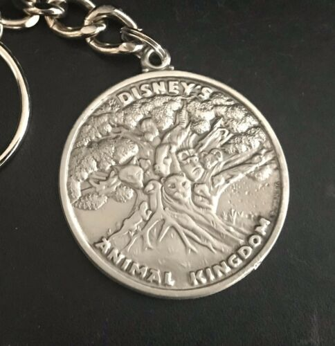 Pewter Disney Animal Kingdom Lion Tiger Gorilla Giraffe Silver Metal Keychain P