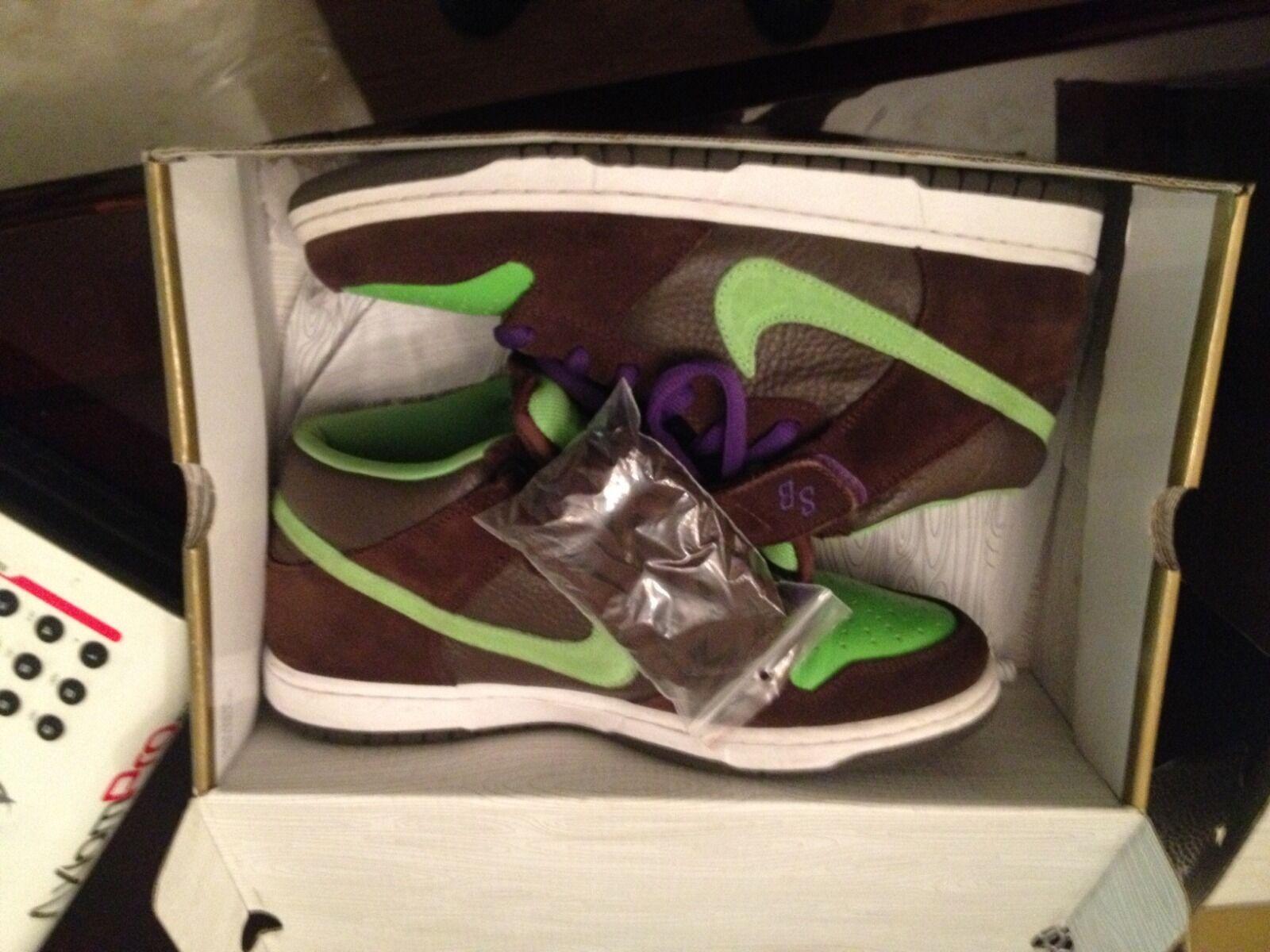 Donatello SB Dunks Mid size 11