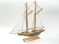 Bluenose Starter Boat Kit: Build Your Own Wooden Model Ship