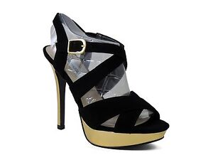 ac3375d23fe Steve Madden Women s Tarrrah Strappy Sandals Black Leather Size 8 M ...