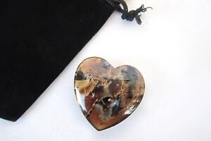 Brown-Amber-Carved-Heart-40mm-Hand-Polished-Sumatera-Indonesia-Carry-Pouch