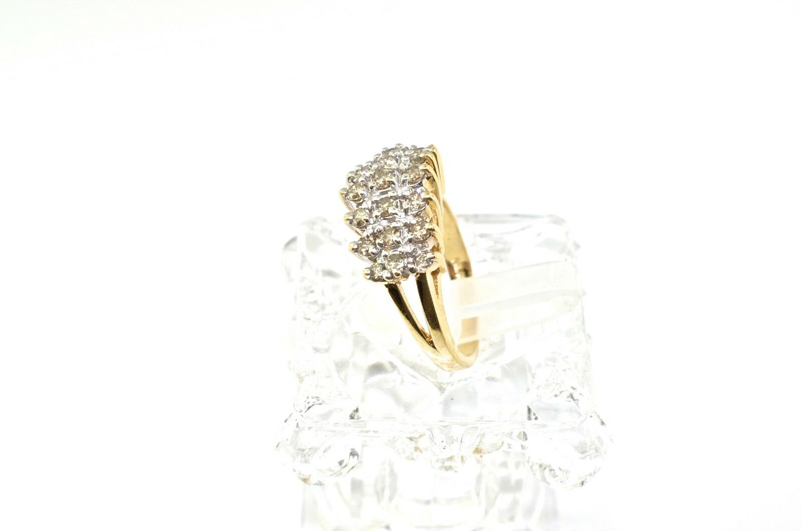 14k gold And Diamond Ring. Size 5