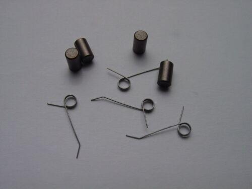 4 OO1M-33 Motor Brushes /& 4 OO1M-32 springs for Lionel Pre War OO Hudson