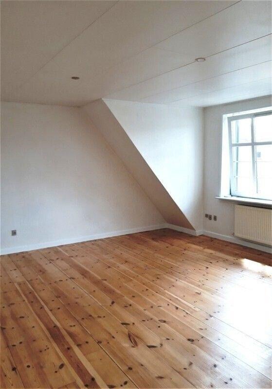 8800 vær. 4 lejlighed, m2 119, Skottenborg