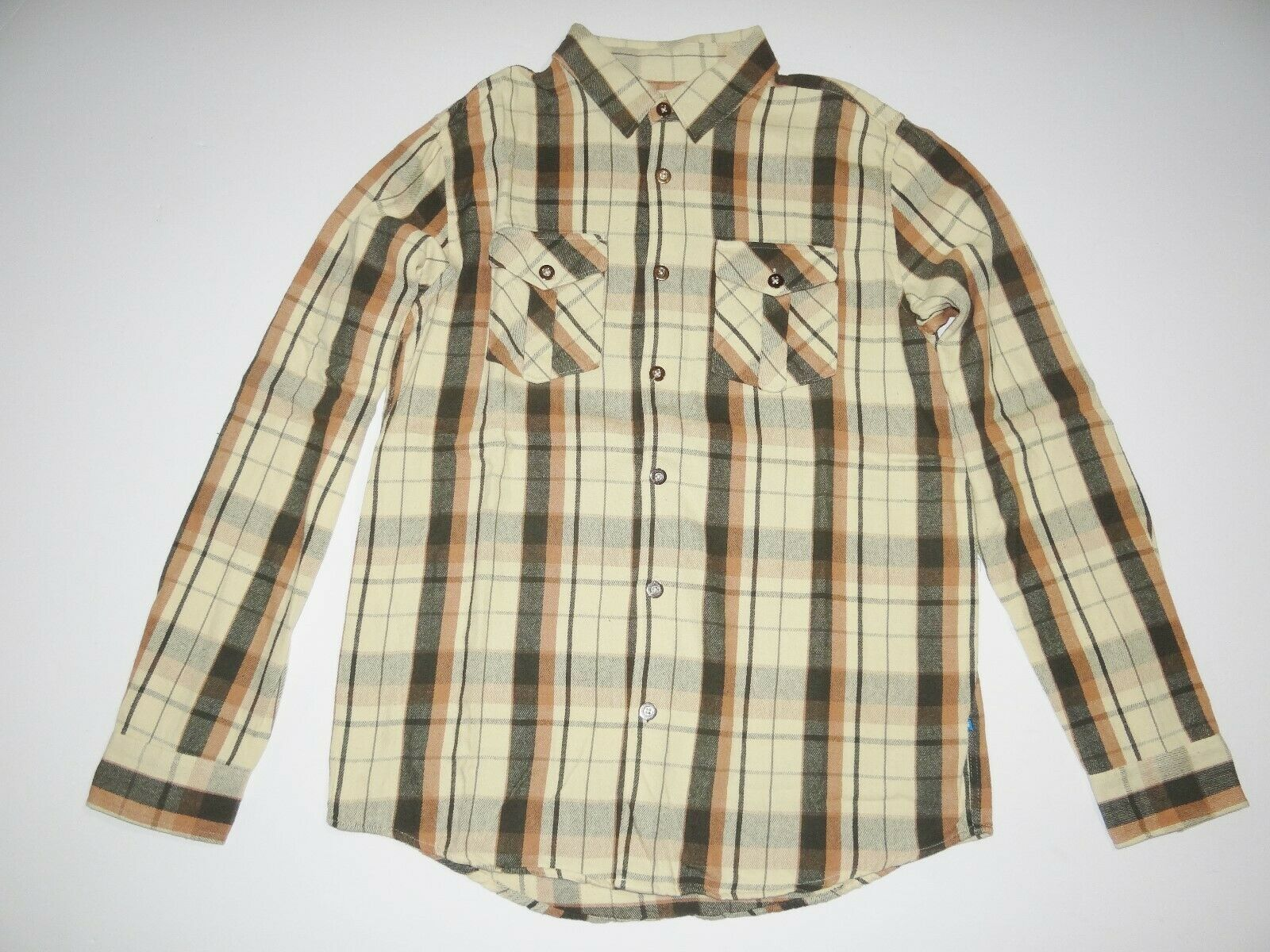 d11d14801c1 New DC shoes Mens Barn Burner Long Sleeve Casual Button Up Flannel Shirt