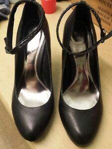 ladies-Shoes-size-6