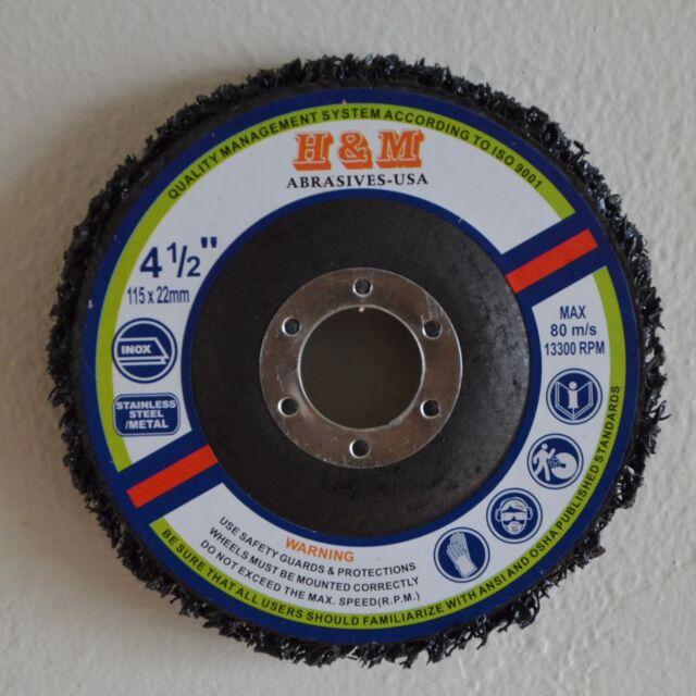 4-1//2 in x 7//8 in S XCS Scotch-Brite Clean and Strip Type 27 XT Disc